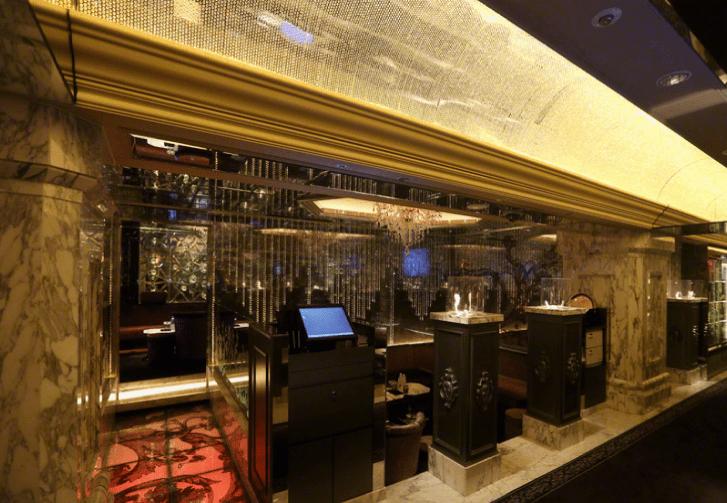 歌舞伎町のキャバクラ「ヴェルージュ」の店内写真3