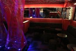 恵比寿のキャバクラ「スリーウェイズ」の店内写真4